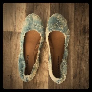 Lucky Brand Jean Styled Flats